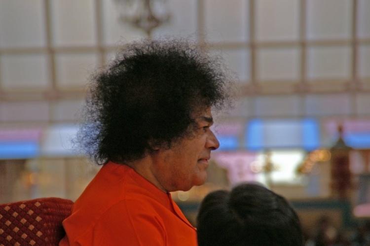 The Golden Era of Pure Love - 90 Years of Sathya Sai Baba