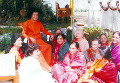 Sathya Sai Baba with Ladies